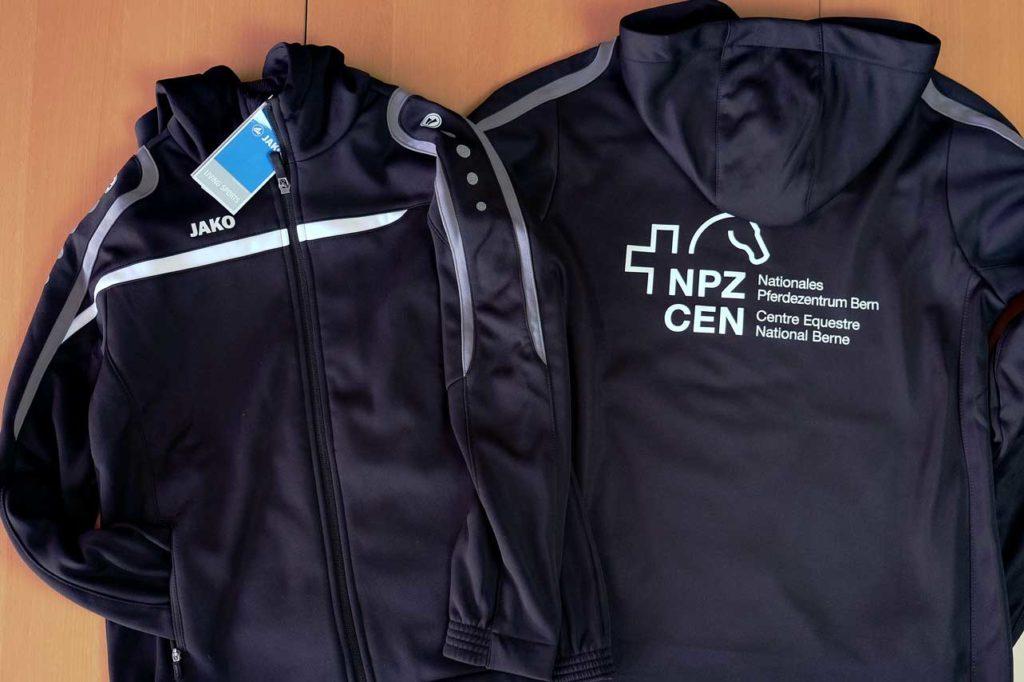 Trainingsjacken bedruckt für das Nationale Pferdezentrum in Bern