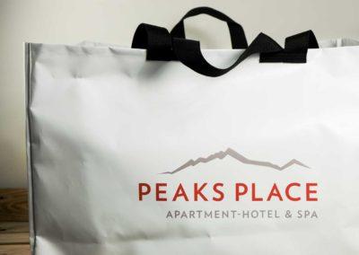 Taschen für Peaks Place in Laax